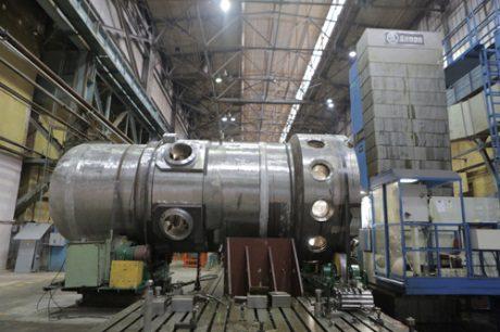 jaderná energie - Rusko urychlilo výrobu reaktoru pro jaderný ledoborec - Ve světě (Reactor head for Sibir icebreaker 460 Atomenergomash) 1