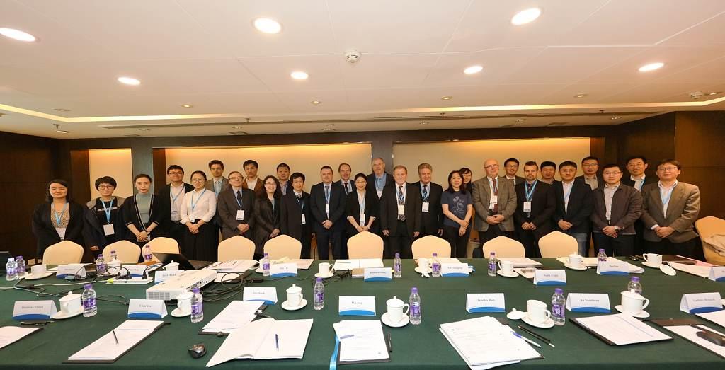 jaderná energie - ÚJV Řež se aktivně podílela na projektu EU pro čínské jaderné instituce - V Česku (TZ4 UJV EU Cina foto ucastnici 1024) 2