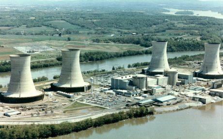 jaderná energie - JE Three Mile Island čelí hrozbě předčasného vyřazení z provozu - Ve světě (Three Mile Island 460 NRC) 1