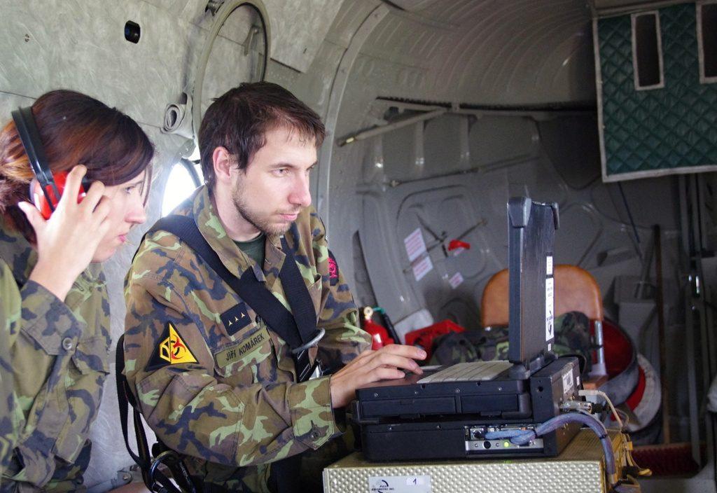 jaderná energie - AČR: Armáda se zapojila do cvičení ZÓNA 2017 u elektrárny Dukovany - V Česku (tym z centra vystrahy zhn vyhodnocuje namerene udaje) 1