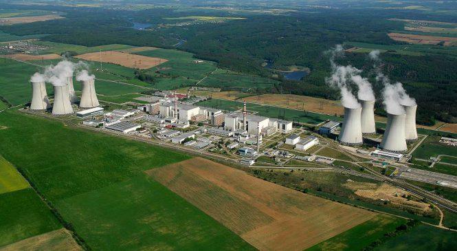 Prezident bude v Dukovanech diskutovat o budoucnosti jaderné elektrárny