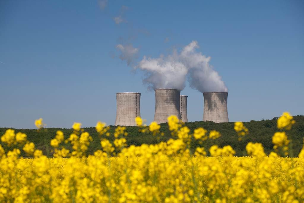 jaderná energie - vEnergetike.sk: Elektrárne vylepšia ekologické parametre mochoveckých jadrových blokov - Ve světě (Mochovce Liptak IMG 8221 1024) 1