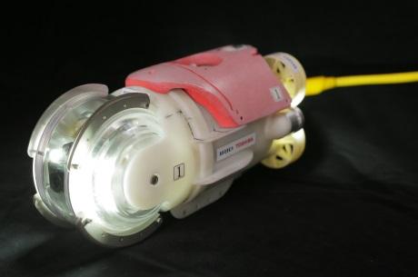 jaderná energie - Robot je připraven prozkoumat tlakovou nádobu třetího bloku JE Fukušima Dajiči - Ve světě (Toshiba IRID ROV for FD3 PCV 460) 2
