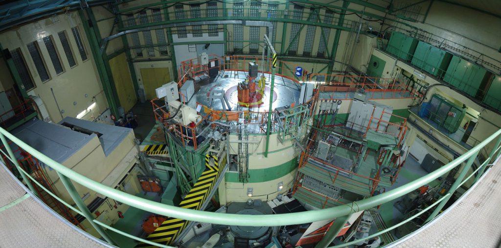 jaderná energie - Centrum výzkumu Řež: Výstavba velké výzkumné infrastruktury SUSEN dokončena - Zprávy (foto reaktor left 001 sphericalcvrez.cz) 1