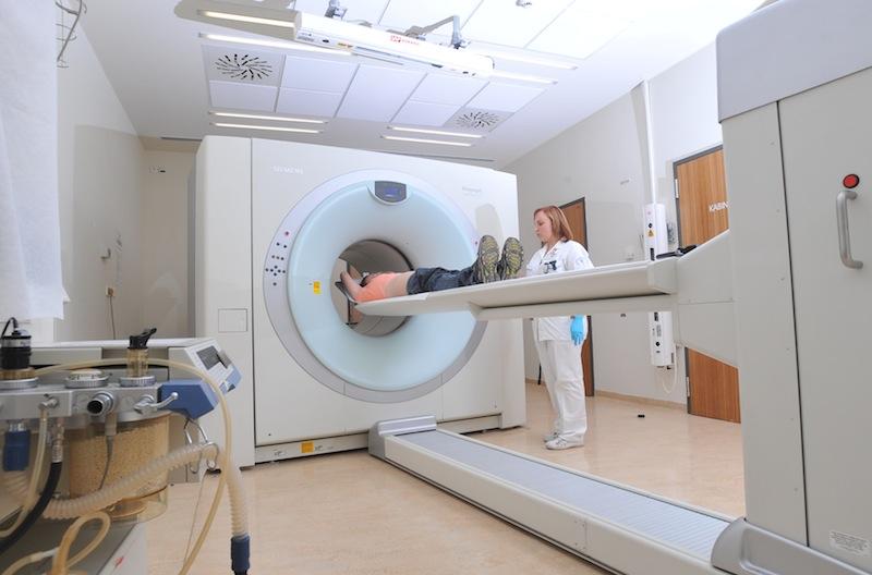 Za 10 let provozu PET centrum Brno vyrobilo 120 litrů radiofarmak pro téměř 45 000 vyšetření pacientů