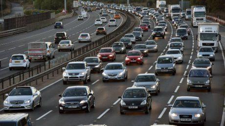 jaderná energie - Zákaz naftových a benzinových automobilů: nedostatečná strategie pro čistý vzduch - Životní prostředí (97080444 84ab82c4 5be4 4aea 9b97 f139552bb95b) 1