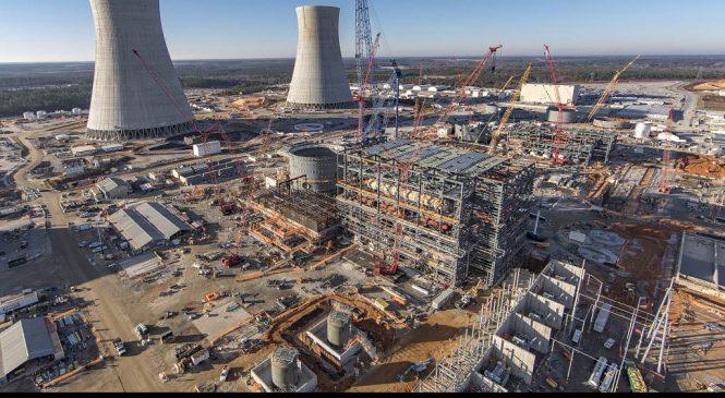 E15: Jádro se v USA přestává vyplácet, na odstřel je další elektrárna