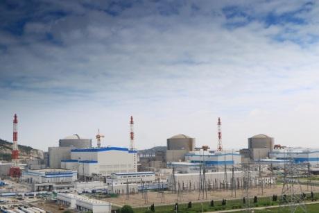 Na třetím bloku JE Tchien-wan probíhá zakládání paliva