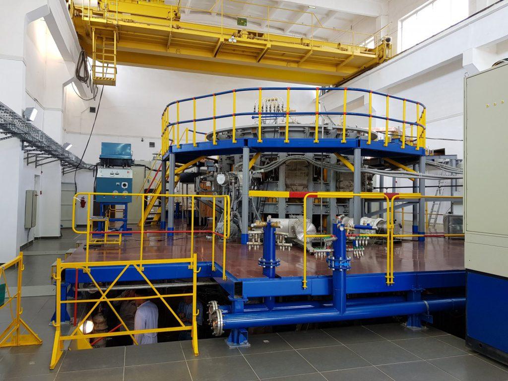 jaderná energie - Výzkumný plán pro kazašský Tokamak schválen - Zprávy (data web obr 2 17 ktm 20170531.fitbox.x1600.y1600.r0.q85.nr1 .me2) 1