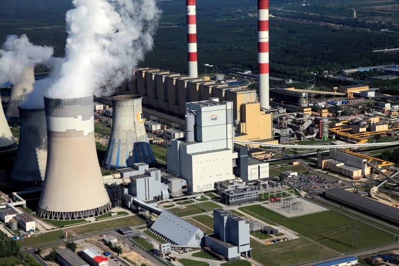 Deník.cz: Poláci postaví první atomovou elektrárnu. Rozhodují se s kým, za kolik a kde