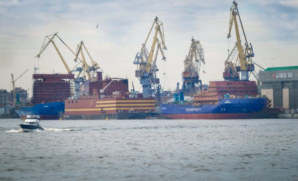 Jaderný ledoborec Sibir bude spuštěn na vodu 22. září