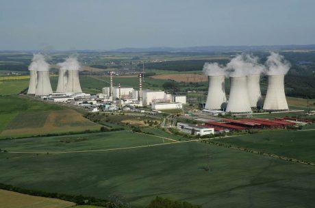 jaderná energie - Čtvrtý reaktorový blok Jaderné elektrárny Dukovany opět dodává elektřinu - V Česku (DSC0043 a 1024) 1