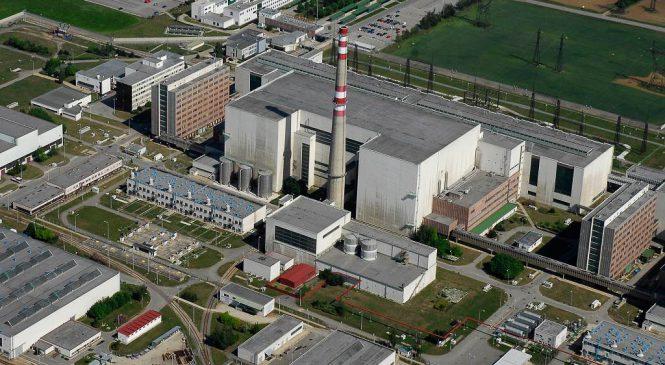 iDnes: Potřebujeme nové jaderné bloky, jen ČEZ to neutáhne, notovali si politici