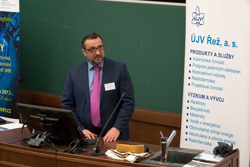Investiční web: Ve středu se sejde jaderný výbor, změna v ČEZ na programu není