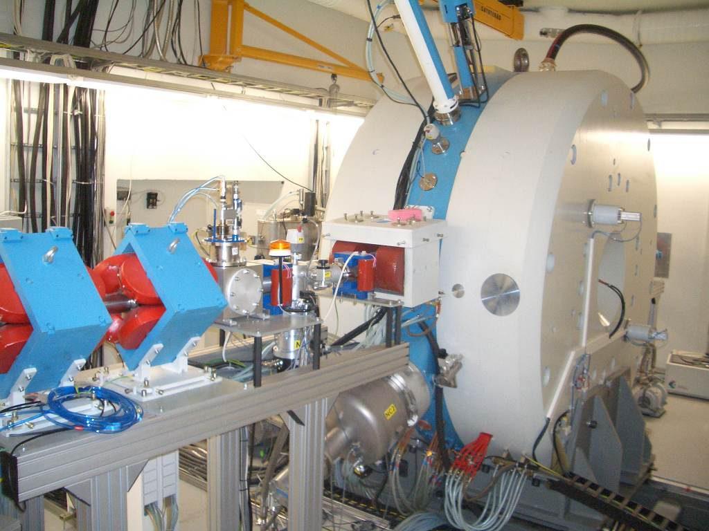 jaderná energie - Rosatom postaví vThajsku cyklotronové a radiofarmaceutické centrum - Jaderná medicína (Příklad lékařského cyklotronu z produkce Jefremovova institutu 1024) 1