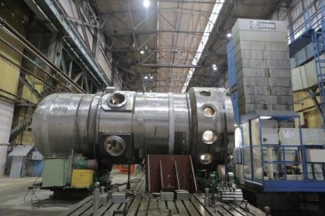 jaderná energie - Jaderný ledoborec Sibiř již brzy vypluje na moře - Ve světě (Reactor head for Sibir icebreaker 460 Atomenergomash) 1