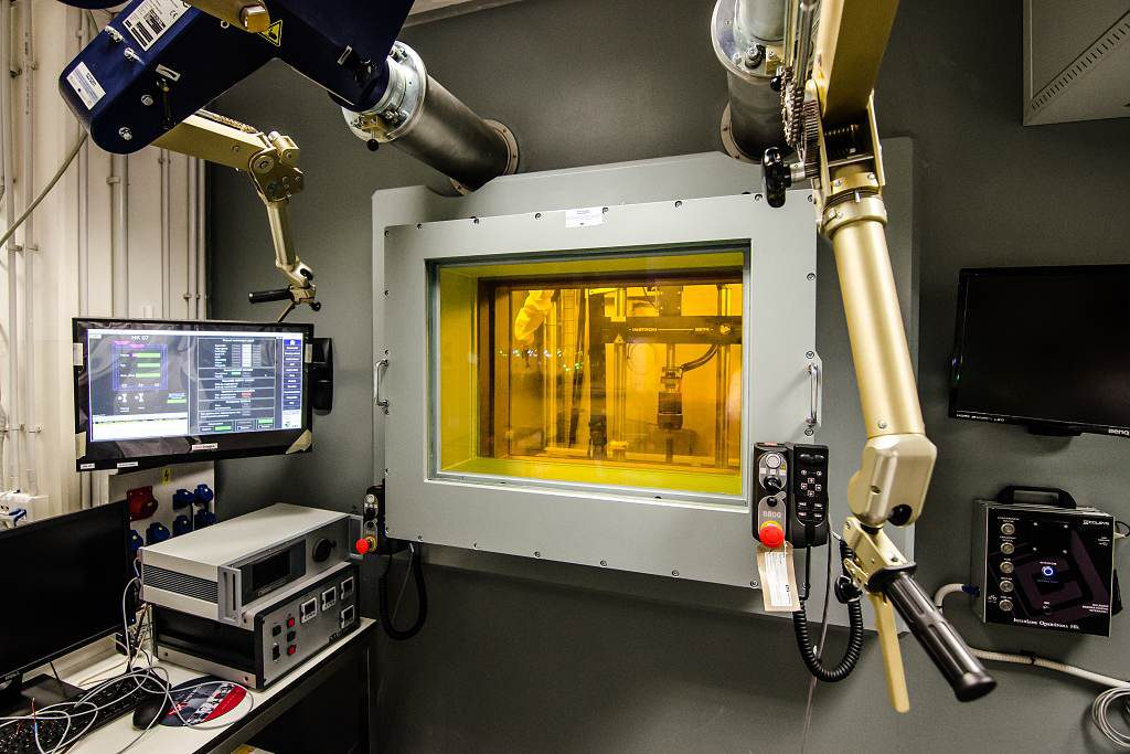 jaderná energie - V Řeži byla otevřena nová výzkumná infrastruktura v rámci projektu SUSEN - Věda a jádro (SUSEN Rez Horka komora 1024) 1