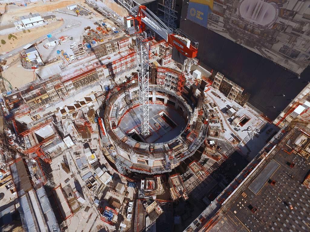 jaderná energie - Projekt ITER se přesouvá do další fáze - Věda a jádro (místo kde bude stát termojaderný reaktor 1024) 2