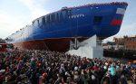 Nejvýkonnější ledoborec světa byl vPetrohradě spuštěn na vodu