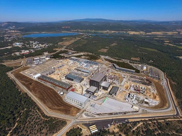 jaderná energie - Projekt ITER se přesouvá do další fáze - Věda a jádro (staveniště ITERu 740) 1