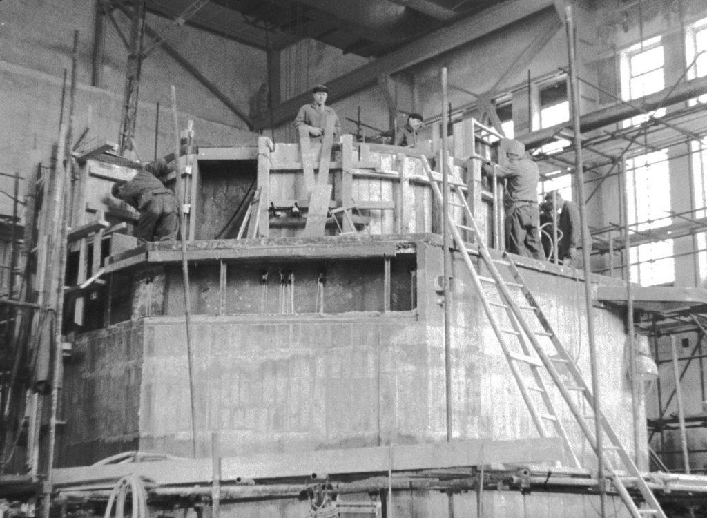 jaderná energie - Řež: 60 let od první jaderné reakce v ČSR - V Česku (vystavba VVR S 1956 01) 6