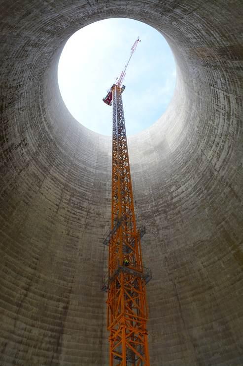 jaderná energie - Aktuality.sk: Takto odstraňujú chladiace veže jadrovej elektrárne - Back-end (6648 740) 2