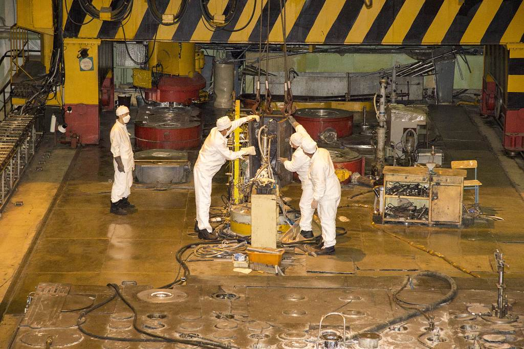 Francie bude u Rosatomu testovat materiály pro reaktory budoucnosti