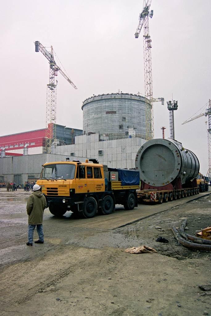 Vláda projedná možnosti přepravy reaktorů do jaderných elektráren