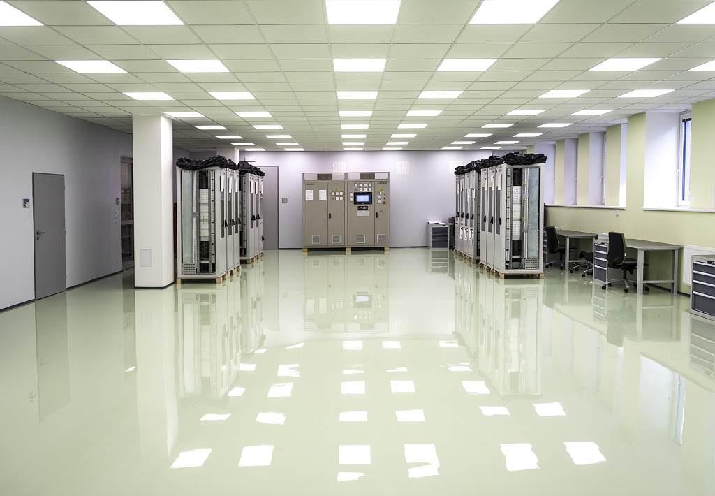 jaderná energie - ZAT zrekonstruoval výrobu rozvaděčů za 12 milionů korun - V Česku (zat zrekonstr. prostory pro výrobu a kompletaci rozvaděčů 1024) 1