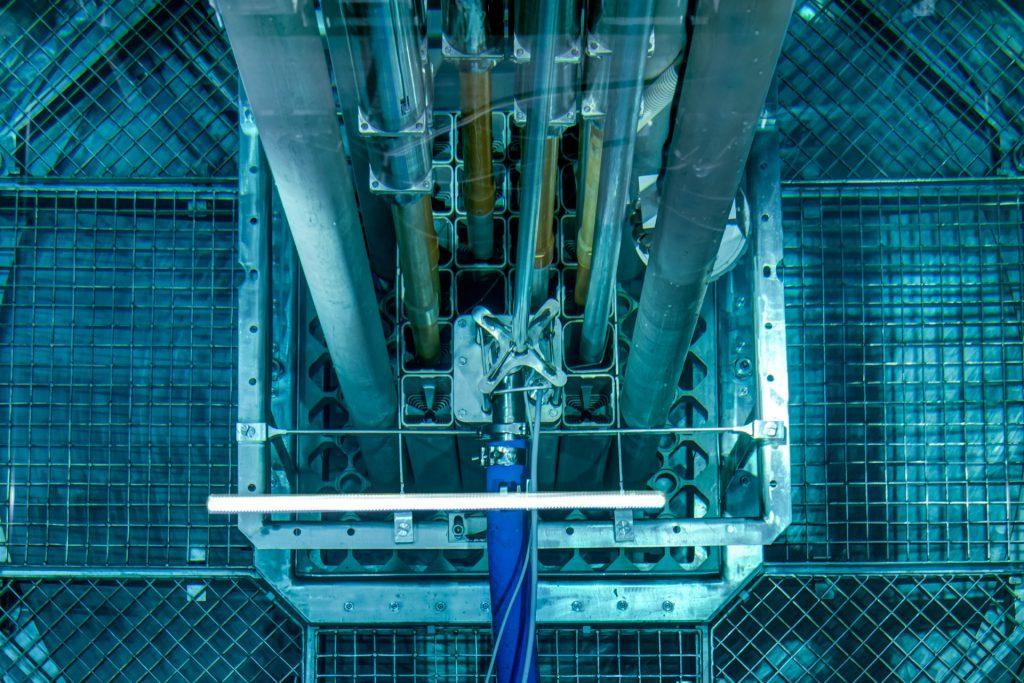 jaderná energie - Pražský deník: Za jadernými fyziky. Školní reaktor má menší výkon než rychlovarná konvice - Věda a jádro (ractor 2) 2