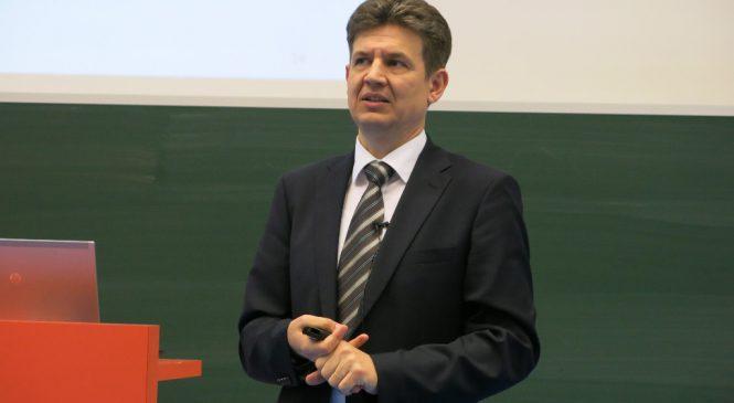 LN: Maďarsko spojí budoucnost s jádrem, elektrárnu jim postaví Rusové