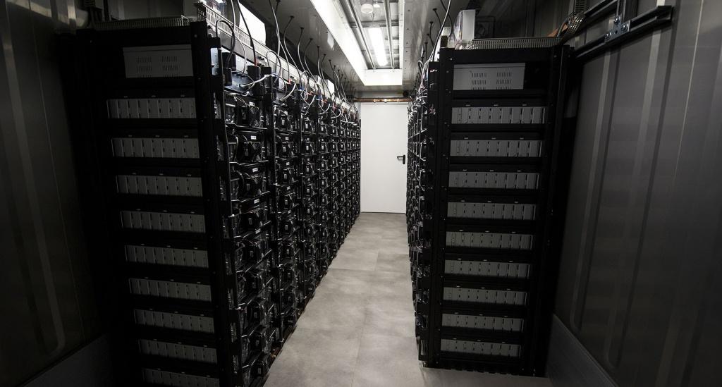 Energetika 2017: První velké bateriové úložiště i konec Vitáskové