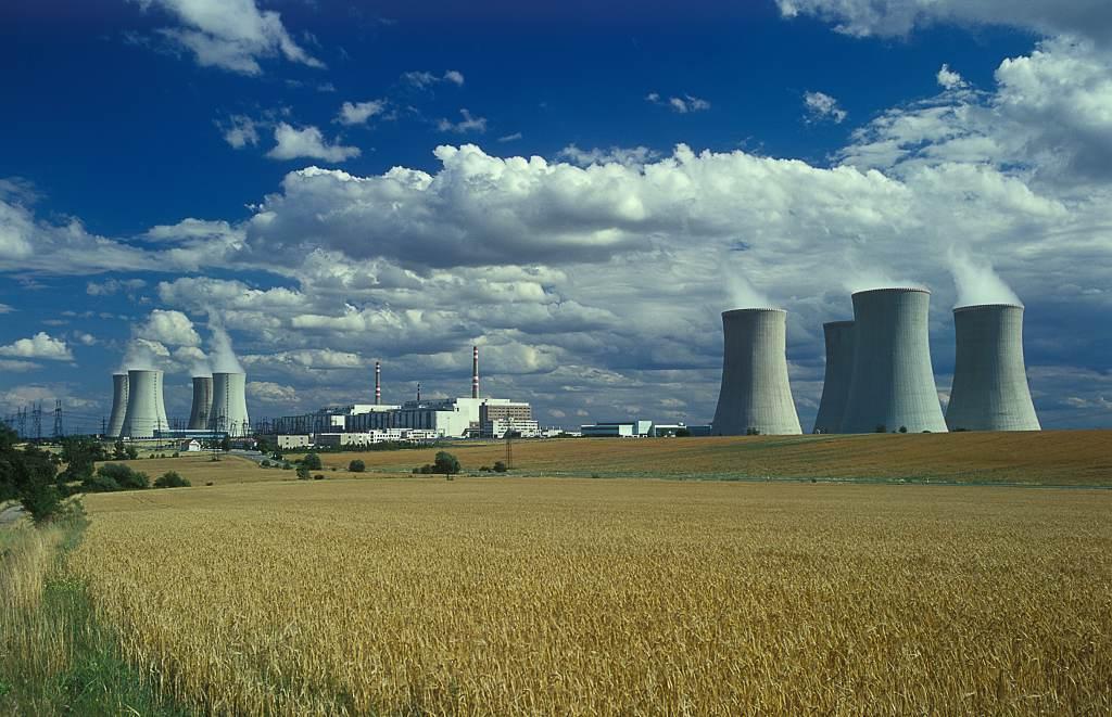 Deník: Speciální exkurze do jaderné elektrárny budou i s obědem
