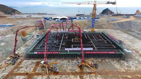 jaderná energie - Čína začíná stavět pilotní rychlý reaktor - Nové bloky ve světě (Xiapu fast reactor first concrete 460 CNNC) 3