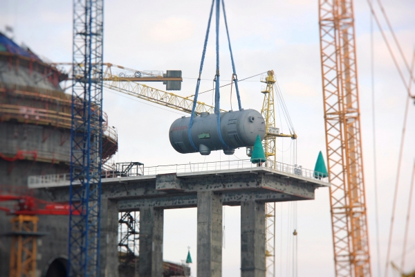 jaderná energie - Instalace parogenerátorů v druhém bloku Běloruské jaderné elektrárny - Nové bloky ve světě (b1f80a786220888292abbd83d8707702 L) 1