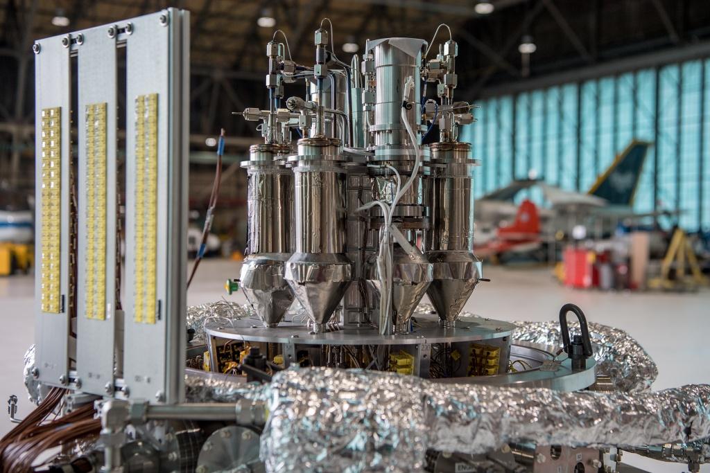 jaderná energie - VTM: Jak osvětlit Mars: NASA testuje miniaturní jaderný reaktor - Věda a jádro (stmd grc 2017 c 06805 1024) 2