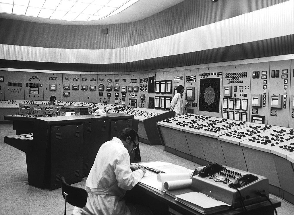 jaderná energie - Technické opakování: Počátky atomového věku část 2 - Ve světě (01 24) 3