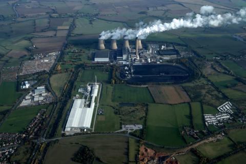 jaderná energie - Euro: Komentář: Konec levné elektřiny - Životní prostředí (02.02.18 Eggborough Aerial landscape P21 Strategy) 3