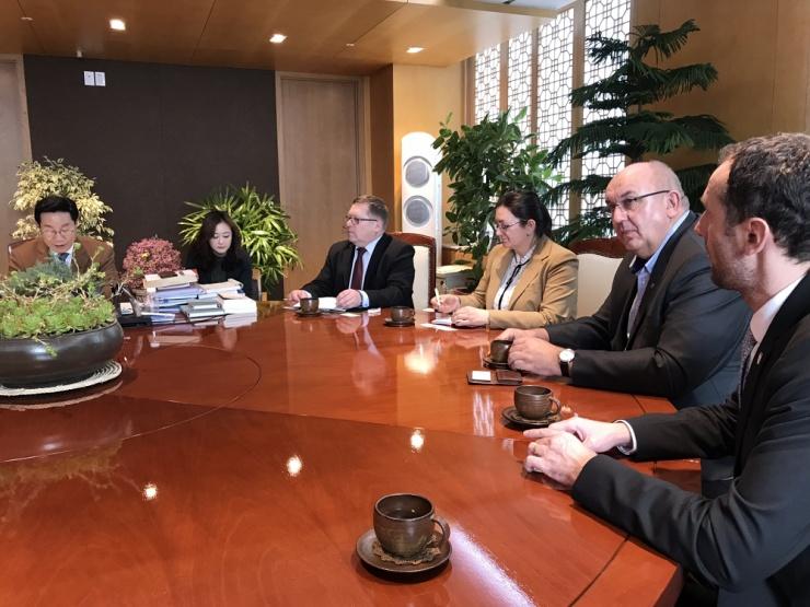 jaderná energie - Energetické Třebíčsko: Jednání v Jižní Koreji se starostou Ulju-gun - Nové bloky v ČR (193normal 740) 2