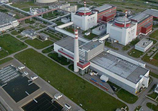 V Temelíně začali zavážet palivo do reaktoru