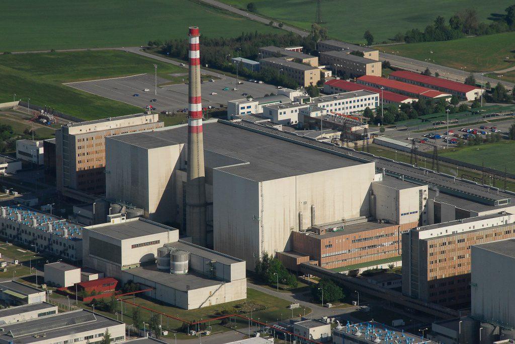 jaderná energie - Drábová: Politici budou muset řešit tlak na odstavení Dukovan - V Česku (L 0024 a 1024) 1