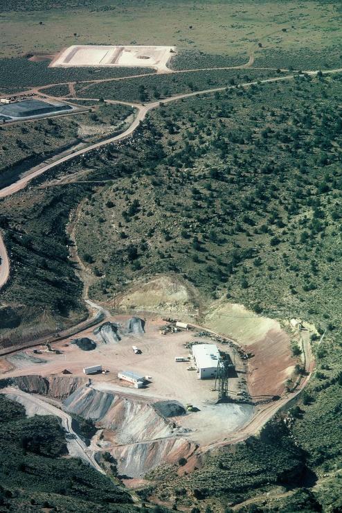 jaderná energie - Americké jaderné firmy navrhly uzákonit podíl domácího uranu na trhu, reakce je zatím sporná - Palivový cyklus (Pigeon Mine Operations 740) 1