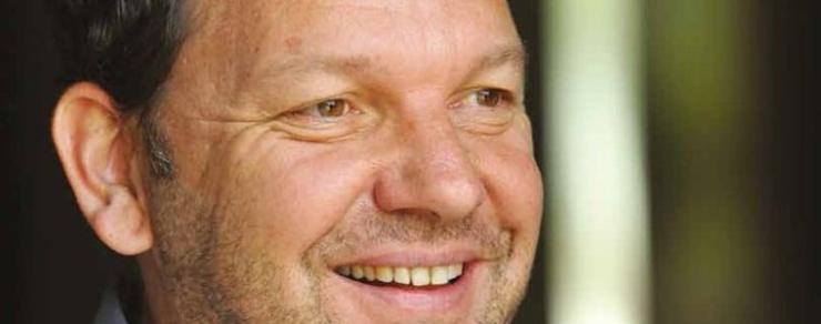 E15: Komentář Michala Šnobra: Dělení ČEZ? Proč ne, stačí se rozhodnout