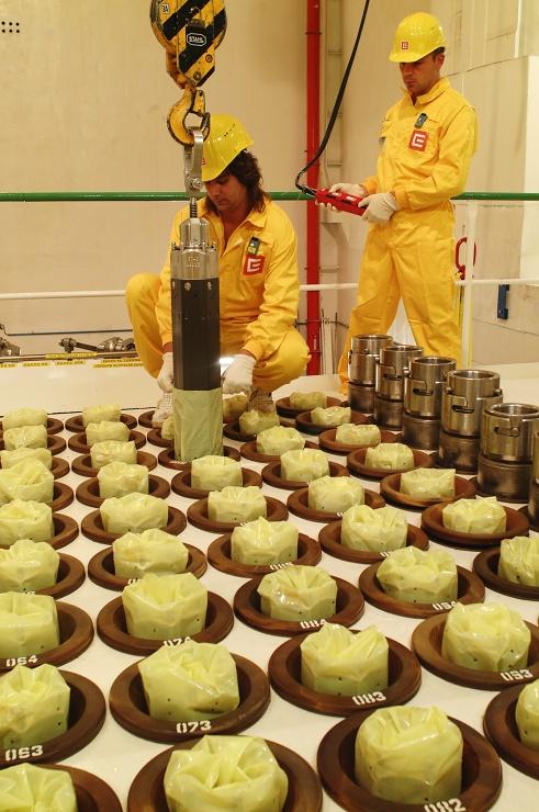 jaderná energie - V Dukovanech začíná první plánovaná odstávka letošního roku - V Česku (00019 Jaderná elektrárna Dukovany interier 740) 1