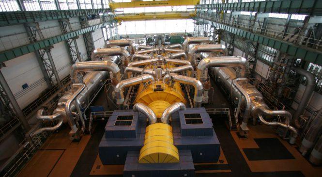 První blok Temelína začal po odstávce vyrábět elektřinu