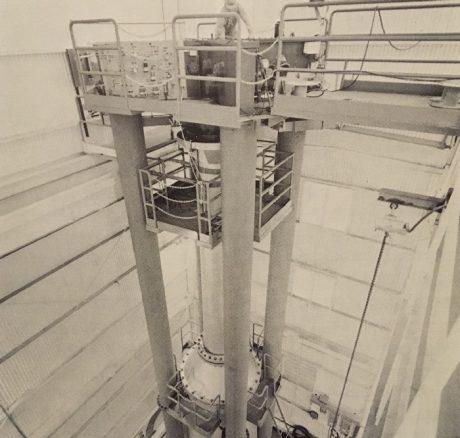 jaderná energie - Fort St. Vrain v obrázcích, část 3 - Fotografie (Fort St Vrain fuel handling machine at GA HQ) 6