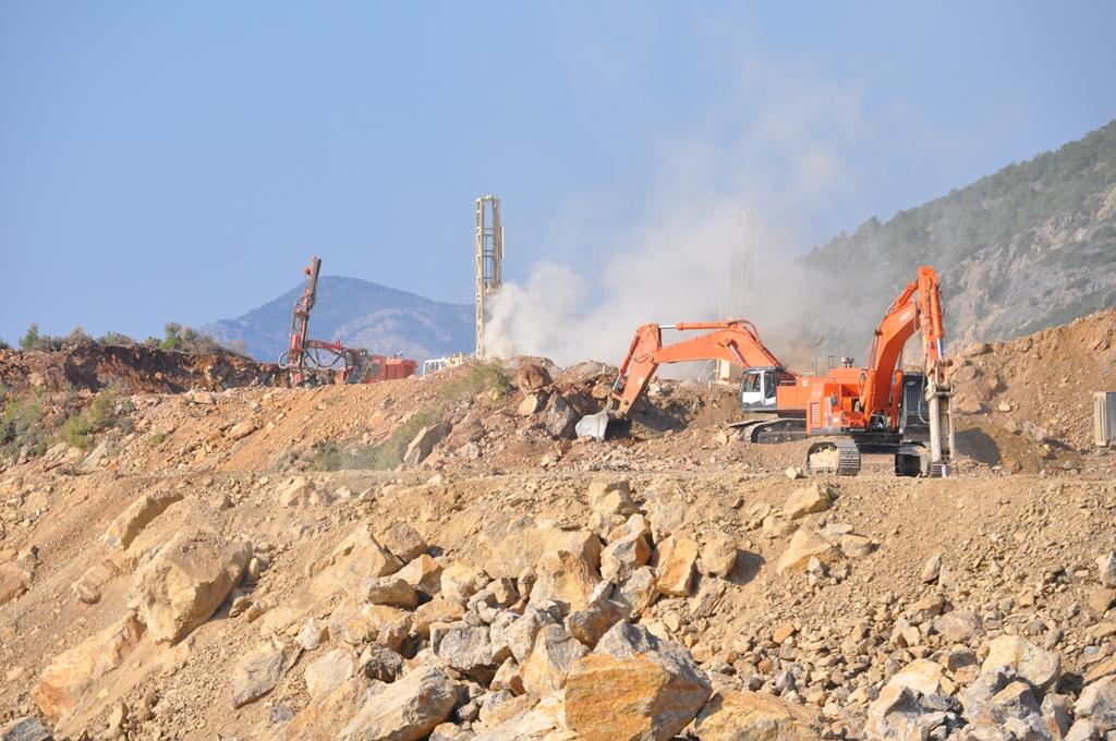jaderná energie - V dubnu má začít betonáž základů JE Akkuyu - Nové bloky ve světě (staveniste 09 11 2015 01 akkunpp) 2