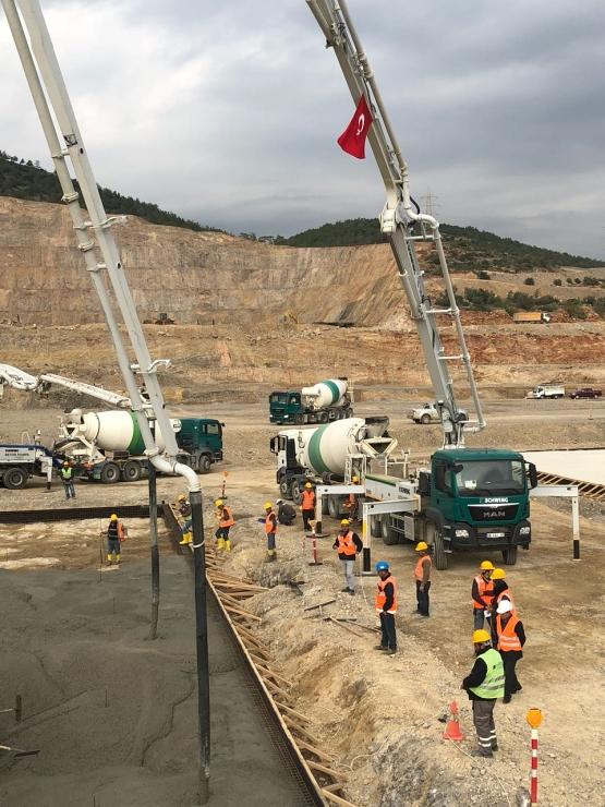 jaderná energie - Rosatom neplánuje zpoždění provozu jaderné elektrárny v Turecku - Nové bloky ve světě (staveniste 11 12 2017 01 akkunpp 740) 1