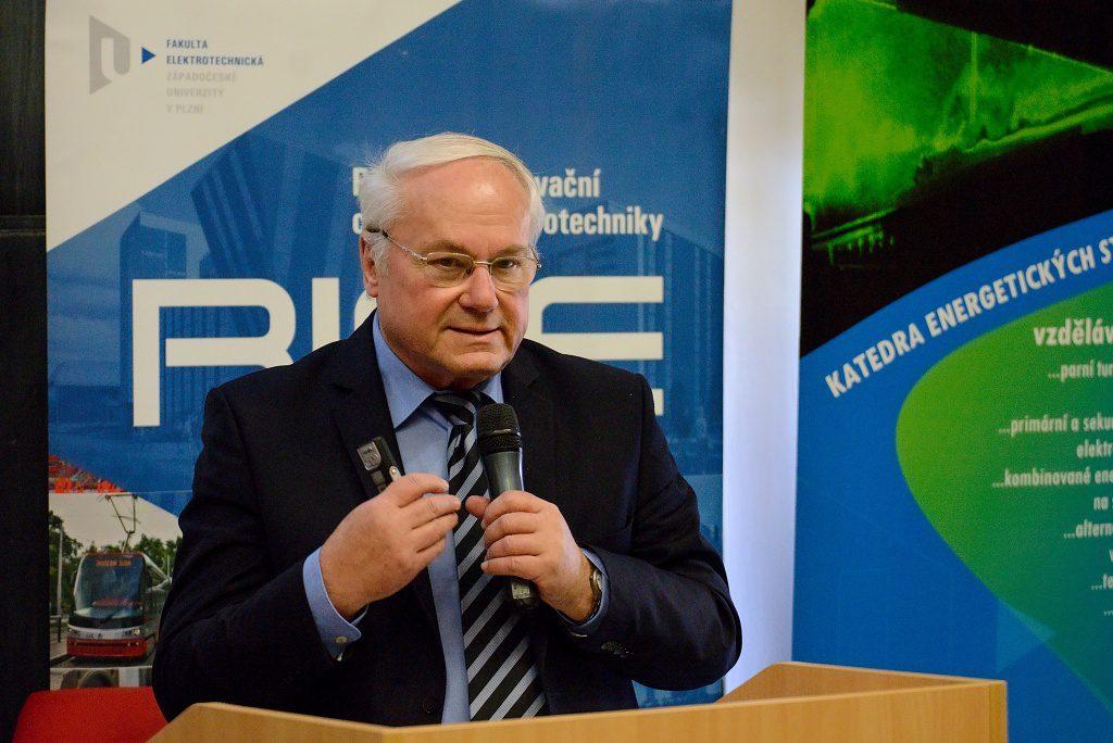 jaderná energie - Jaderné dny 2018: Kupme si projekt jaderné elektrárny - Nové bloky v ČR (DSC 8083 1024) 4