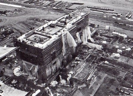 jaderná energie - Fort St. Vrain v obrázcích, část 5 - Fotografie (Fort St Vrain turbine pedestal) 6